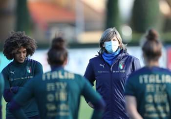 Azzurre leave Coverciano. The squad named to face Denmark