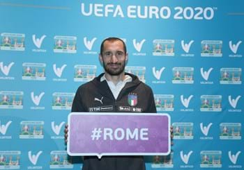 "Euro 2020: ""One Year to Go"". A Roma show a Ponte Sant'Angelo, illuminato stasera con i colori dell'Europeo"